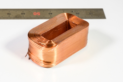 平角空芯多層巻き成型コイル